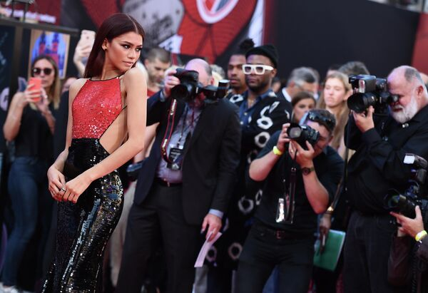 Американская актриса Зендая на премьере фильма Человек-паук: Вдали от дома в Лос-Анджелесе