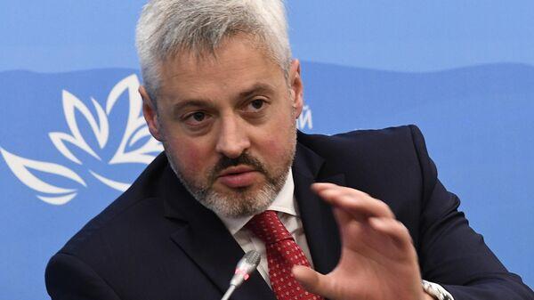 Первый заместитель министра просвещения РФ Павел Зенькович на сессии в рамках V Восточного экономического форума во Владивостоке