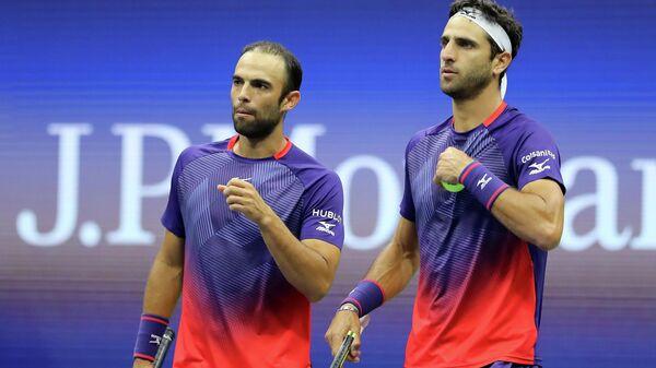 Колумбийские теннисисты Хуан Себастьян Кабаль и Роберт Фара