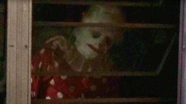 Кадр из фильма Морщинистый клоун (Wrinkles the Clown)