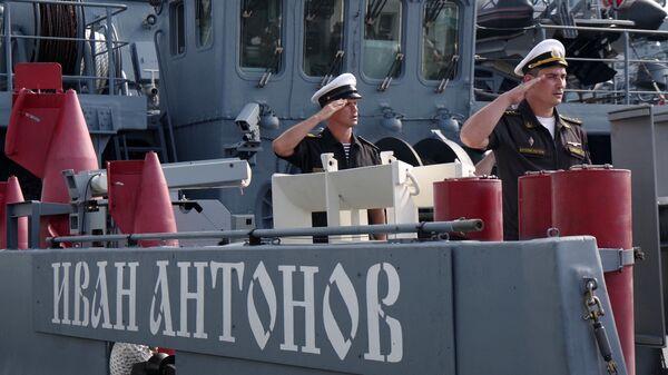 Прибытие тральщика Иван Антонов в Севастополь