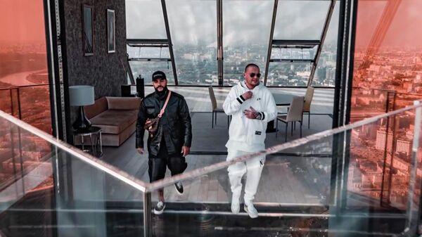 Кадр из видео Тимати и GUF на песню Москва