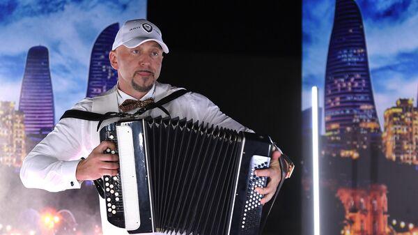 Белорусский певец Сергей Пархоменко, известный как рэпер Серега