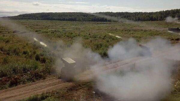 Артиллерийские стрельбы подразделений 20-й гвардейской армии ЗВО