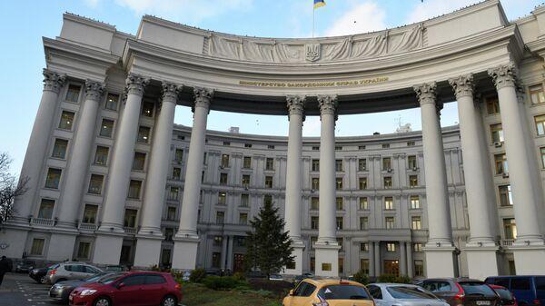 Украина направила ноту протеста из-за учений в Крыму