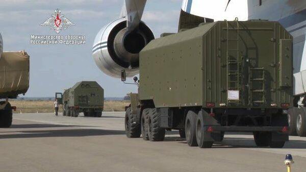Доставка компонентов С-400 в Турцию. Съемка Минобороны