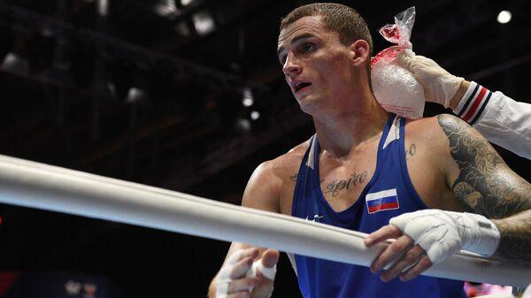 Боксер Глеб Бакши (Россия)