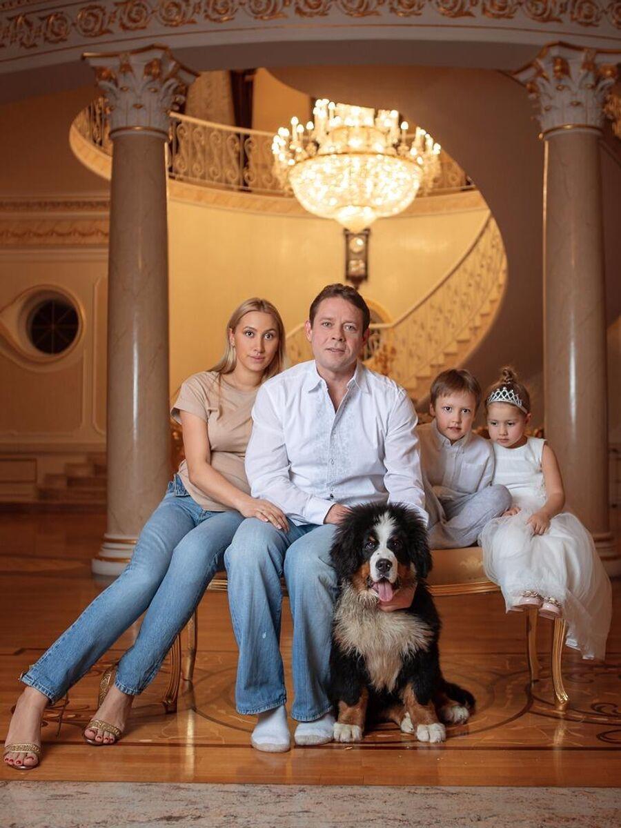 павел буре и его семья фото отличное