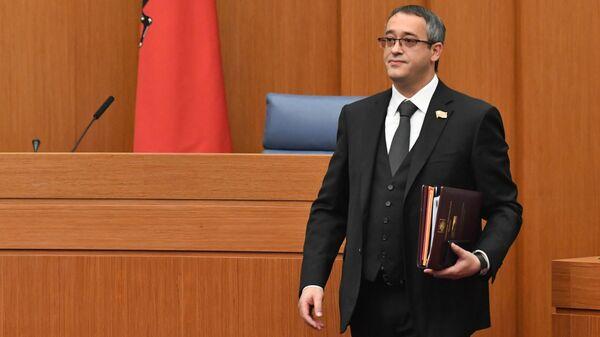 Алексей Шапошников во время первого заседания депутатов Мосгордумы седьмого созыва