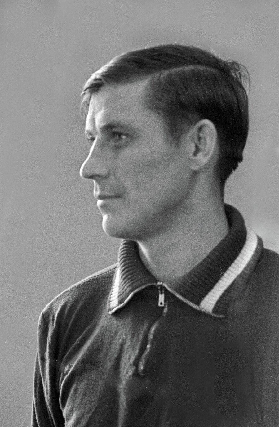 Анатолий Масленкин