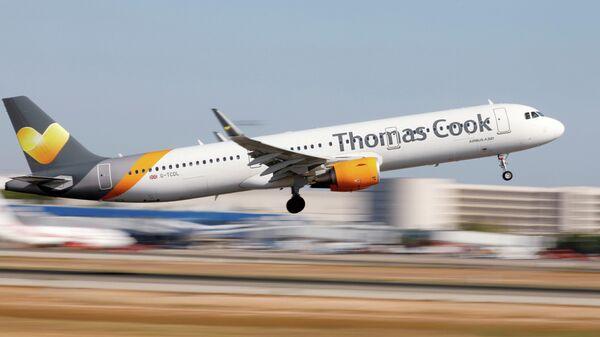 Самолет туристической компании Thomas Cook