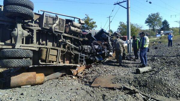 Столкновение грузового поезда и автомобиля на участке Транссиба в ЕАО. 26 сентября 2019