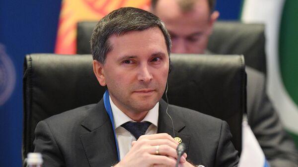 Министр природных ресурсов и экологии РФ Дмитрий Кобылкин на совещании руководителей министерств и ведомств государств-членов ШОС, отвечающих за вопросы охраны окружающей среды