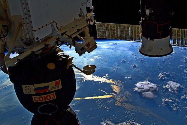 Вид на реку Амазонку с борта МКС