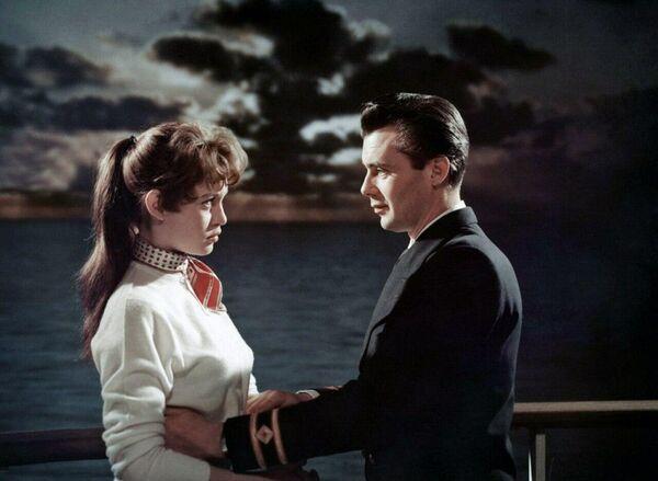 Кадр из фильма Доктор на море