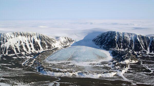 Ледник Астрономический, Новая Земля. 7 апрель 2016