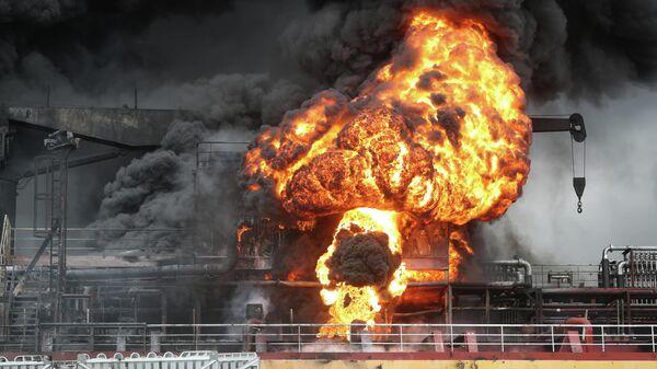 Пожар на судне в порту, Южная Корея. 28 сентября 2019