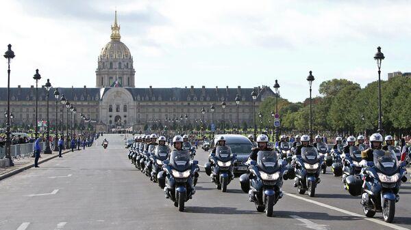 Похоронный кортеж бывшего президента Франции Жака Ширака