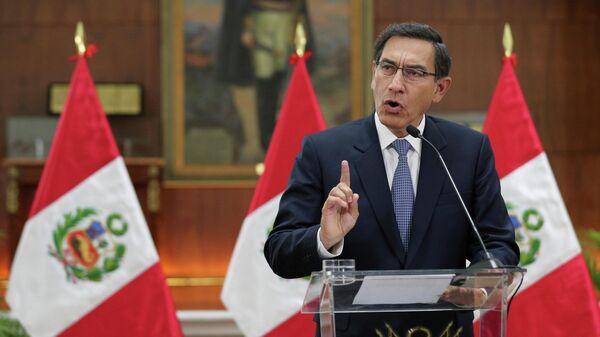 Президент Перу совершил госпереворот, считает экс-глава МВД страны
