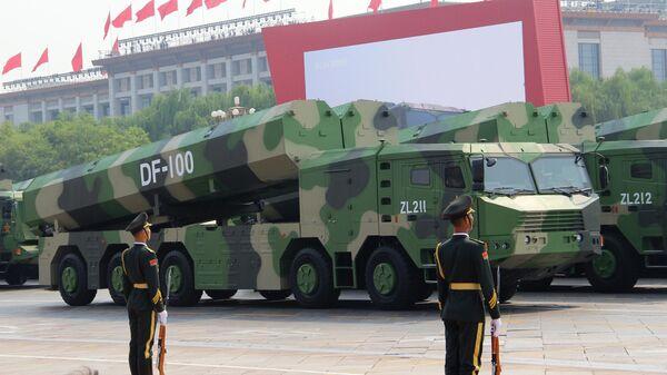 Гиперзвуковые крылатые ракеты DF-100 на военном параде, приуроченном к 70-летию образования Китая, в Пекине