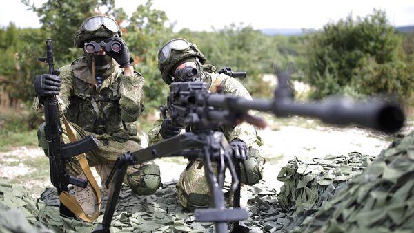 Военнослужащие на полигоне Раевский в Новороссийске