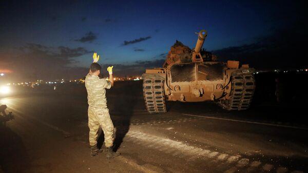 Турецкие военные на турецко-сирийской границе. 8 октября 2019