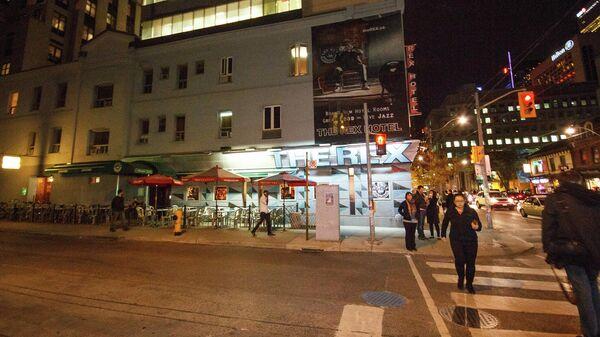Клуб Rex в Торонто (фасад)