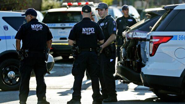 Сотрудники полиции в Нью-Йорке, США