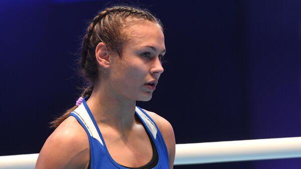 Екатерина Пальцева (Россия) после финального поединка в весовой категории до 48 кг против Mанджу Рани (Индия) до  на чемпионате мира по боксу AIBA среди женщин в Улан-Удэ.