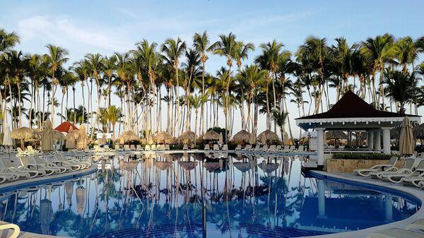 Доминикана. Бассейн в отеле Grand Bahia Principe LaRomana 5*