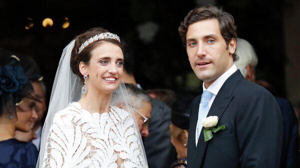 Принц Жан-Кристоф Наполеон и графиня Олимпия Арко-Циннеберг во время своей свадьбы