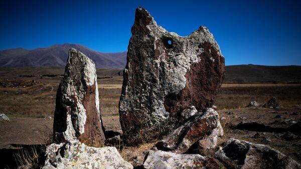 Мегалитический комплекс Караундж находится на юге Армении, вблизи города Сисиан
