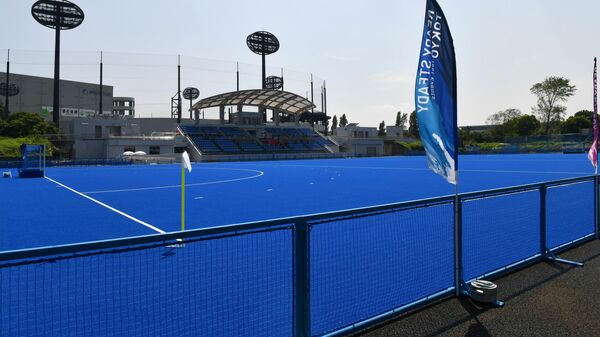 Площадка для турнира по хоккею с мячом на ОИ-2020