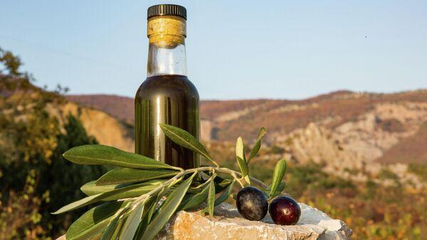 Российское оливковое масло из оливок Крымского федерального университета