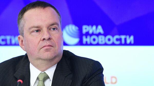 Замминистра финансов Алексей Моисеев