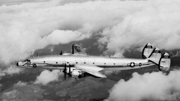 Самолет ВМС США Lockheed R7V-1