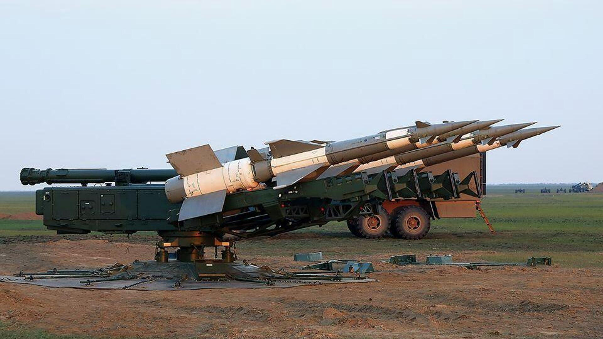 Учения с боевой стрельбой из зенитных ракетных комплексов ВС Украины - РИА Новости, 1920, 20.01.2021