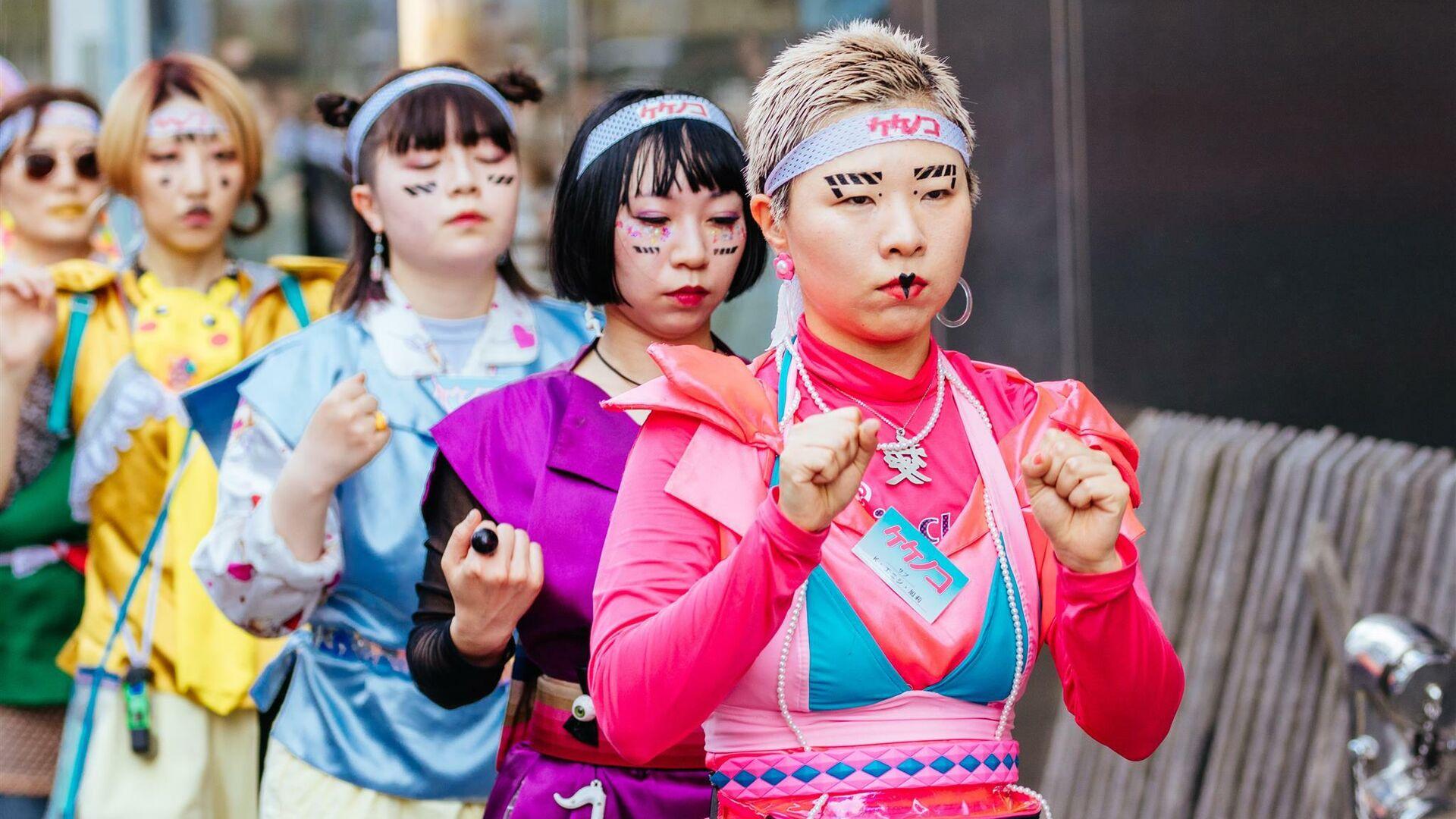 Косплейщицы на улице Харадзюку в Токио, Япония - РИА Новости, 1920, 12.11.2019
