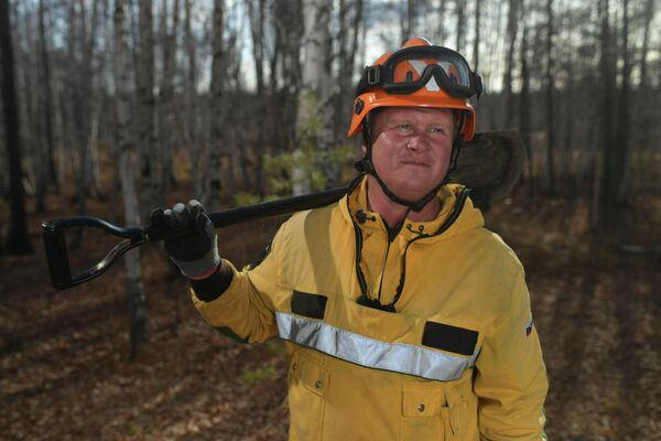 Десантник-пожарный Читинского авиаотделения ПДПС ФБУ Авиалесоохрана Вячеслав Пичугин раньше даже не знал, что есть такая профессия