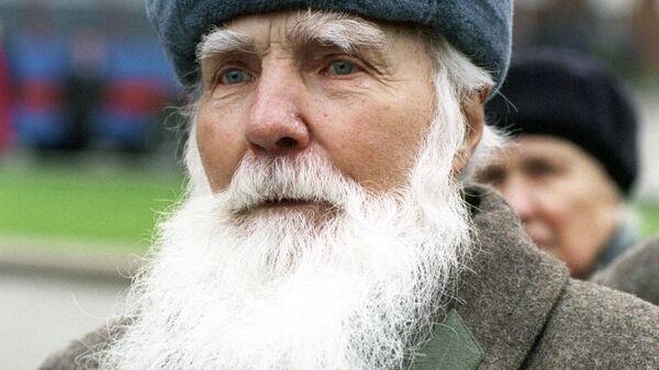 Участник парада на Красной площади 7 ноября 1941 года 78-летний сержант С. Романов