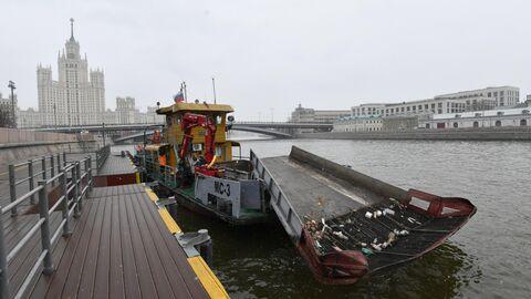 Мусоросборное судно МС-3 ГУП Мосводосток