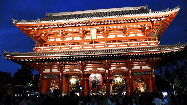 Буддистский храм Асакуса Каннон в Токио