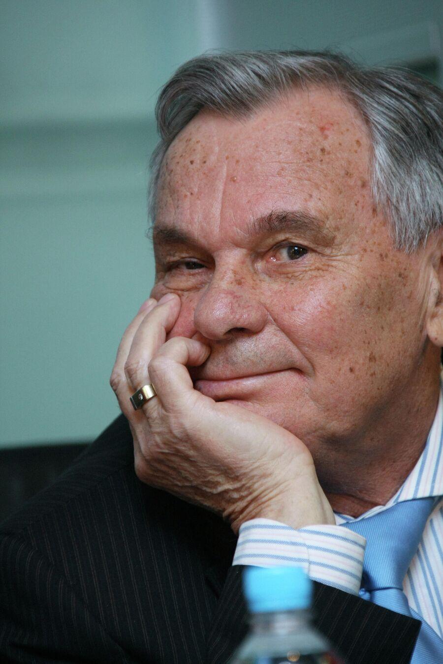 Валентин Иванов на вручении премии СЛАВА в номинации Легенда за 2007 год