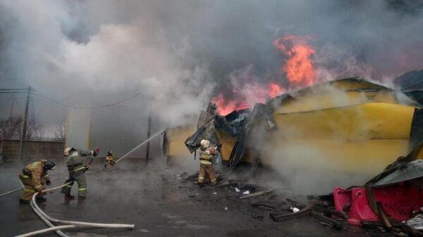Пожар на рынке Атлант в Аксайском районе, Ростовской области