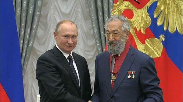 Владимир Путин Артуру Чилингарову: Надо присматриваться начинать