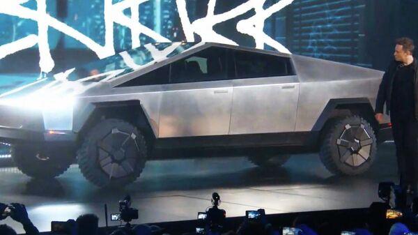 Презентация автомобиля Tesla Cybertruck