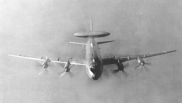 Самолет Ту-126