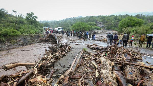 Последствия наводнений в западной части Кении. 23 ноября 2019