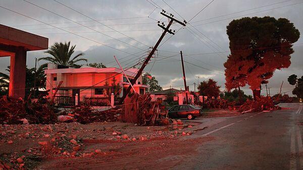 Город Кинета, примерно в 70 км к юго-западу от Афин после шторма и проливных дождей. 25 ноября 2019