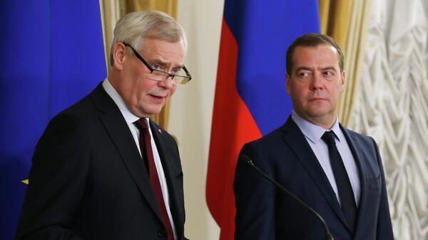Председатель правительства РФ Дмитрий Медведев и премьер-министр Финляндии Антти Ринне во время пресс-конференции. 25 ноября 2019
